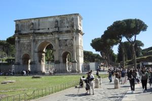 МАУ у грудні відновить польоти до Рима