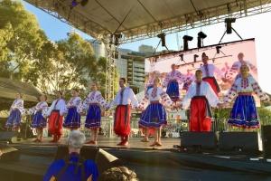 Українці Південної Австралії взяли участь у параді та концерті в Аделаїді