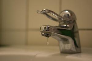 Влада Києва виступає проти підвищення тарифів на холодну воду під час карантину