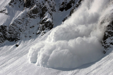 Avalanche risk expected in Ukraine's Carpathians