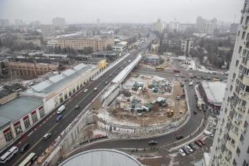 Кличко показав, як облаштовують з'їзди з Шулявського мосту
