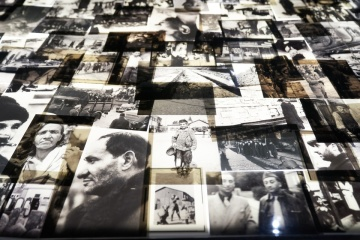 """Зеленский с супругой посетили мемориальный комплекс """"Яд Вашем"""" в Иерусалиме"""