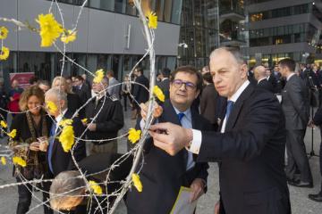 В НАТО почтили память жертв Холокоста
