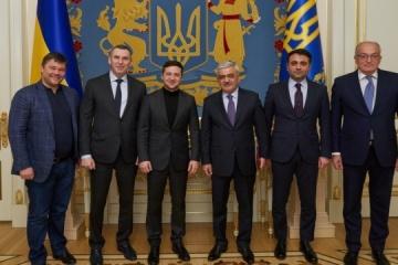 Volodymyr Zelensky a rencontré Rovnag Abdoullayev, président de SOCAR