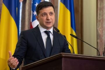Zelensky espère que le Département d'État américain nommera un représentant spécial pour le Donbass et la Crimée