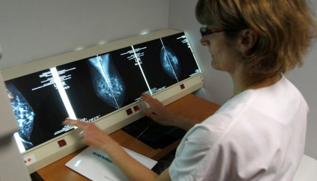 Штучний інтелект може краще за лікарів виявити рак молочної залози