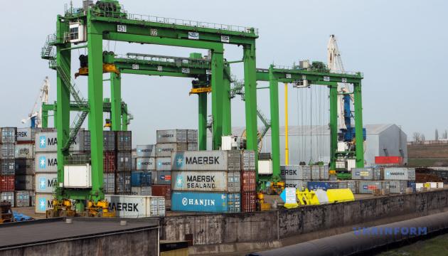 Держмитслужба почне відстежувати рух морських вантажів онлайн