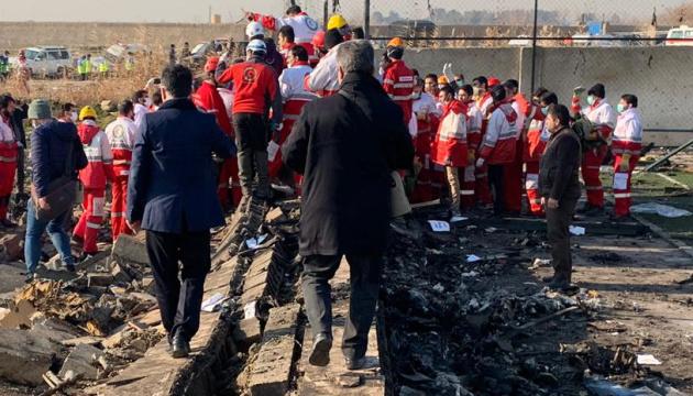Crash d'un avion de l'UIA: l'Iran a officiellement invité l'Ukraine, le Canada et les États-Unis à se joindre à l'enquête