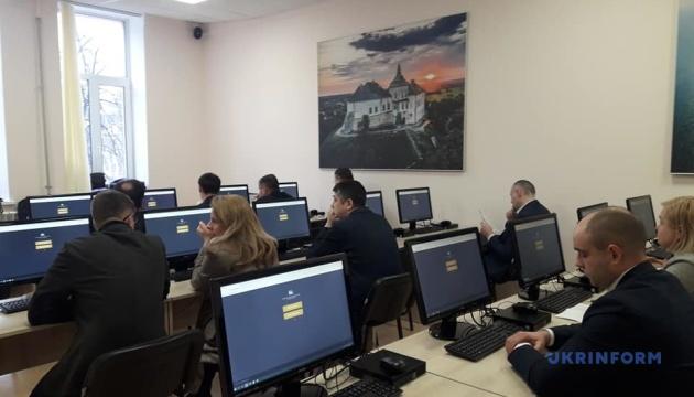 Почалося тестування претендентів на посади голів НСЗУ, Держкіно, Держпраці, Держетнополітики
