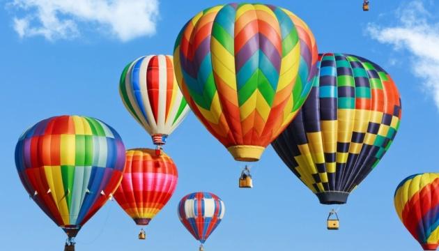Афіша вихідного дня: фестиваль повітряних куль та Різдвяна Феєрія
