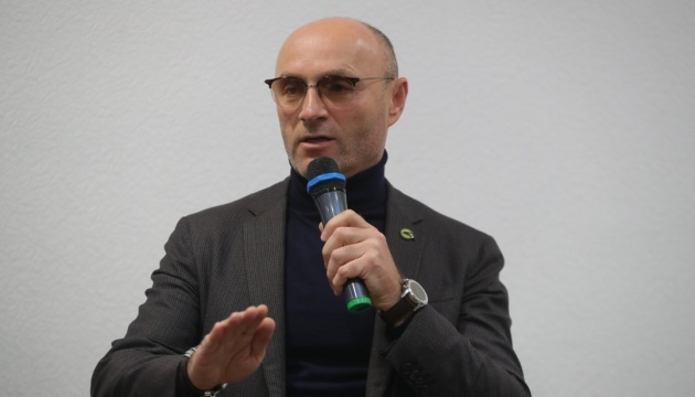 Presidente de la UIA: Todos los expertos de la compañía permanecen en Irán