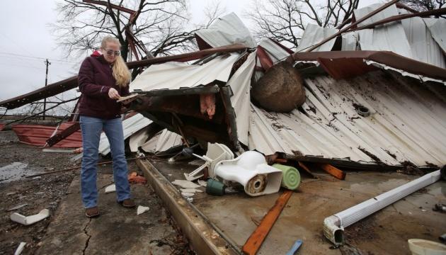У США внаслідок торнадо загинули щонайменше 11 осіб
