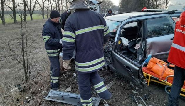 На Київщині зіткнулися дві автівки, п'ятеро постраждалих