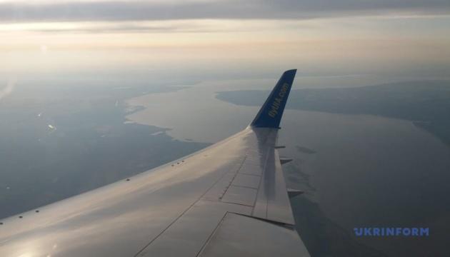 Українські авіакомпанії в грудні виконали вчасно понад 85% рейсів