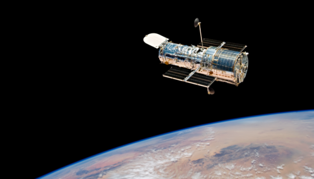 Hubble сделал снимок галактики из созвездия Живописца
