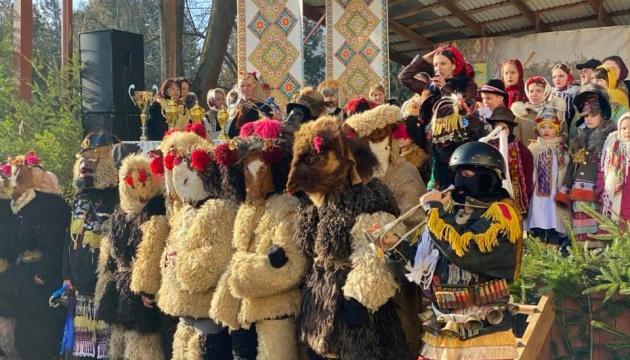 На Буковині під час святкування Маланки встановили рекорд України