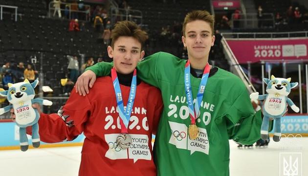 """Українські хокеїсти вибороли """"золото"""" і """"срібло"""" ЮОІ-2020"""