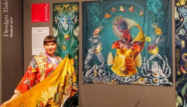 На найбільшій виставці-ярмарку Скандинавії представлені роботи українки