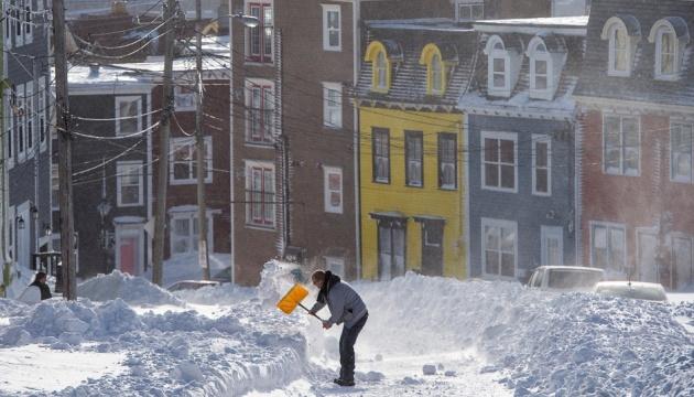 Рекордний снігопад: у Канаді оголосили надзвичайний стан