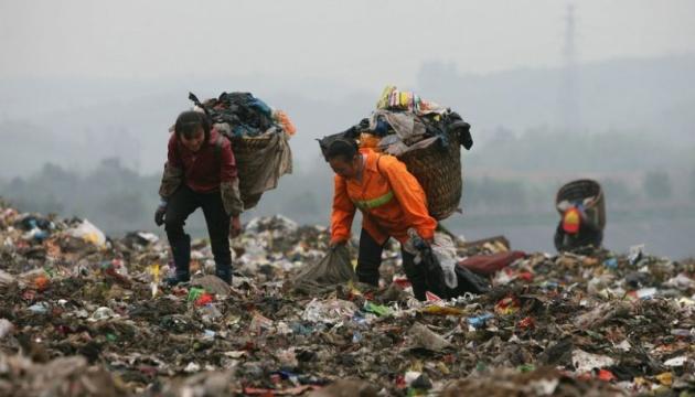 Китай вводить заборону на одноразовий пластик