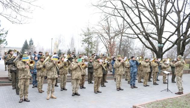 У Миколаєві дали концерт-реквієм до річниці оборони ДАПу