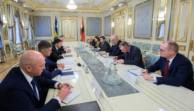 Зеленський обговорив із головою ОБСЄ розширення мандату СММ на Донбасі
