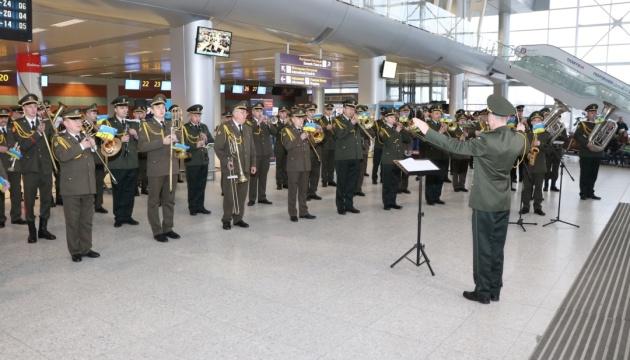 Музиканти зведеного оркестру концертом вшанували пам'ять