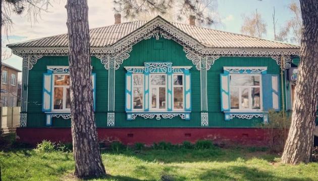 Як ІТ-спеціалісти рятують дерев'яну архітектуру Чернігова