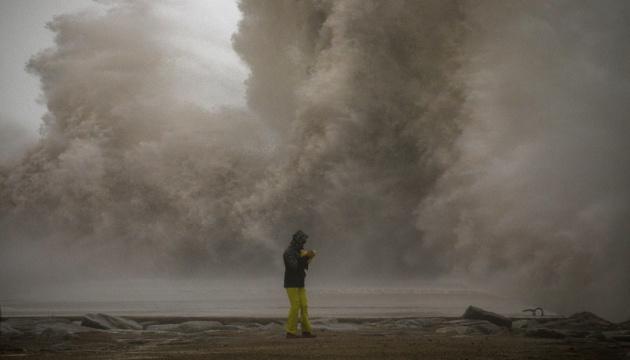Из-за сильного шторма в Испании погибли четыре человека