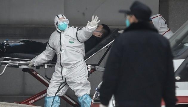 Смертельний вірус: в Італії встановлять термосканери для авіарейсів із Китаю