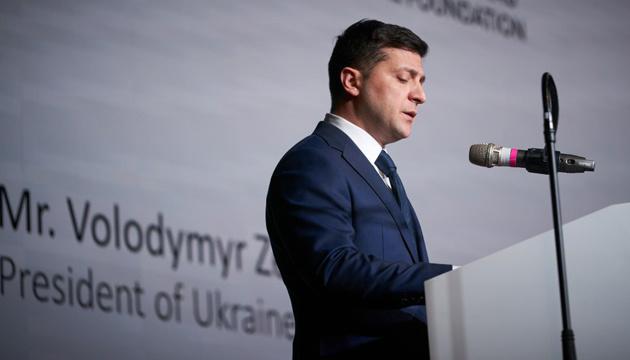 Volodymyr Zelensky exhorte à ne pas oublier la tragédie de l'Holocauste