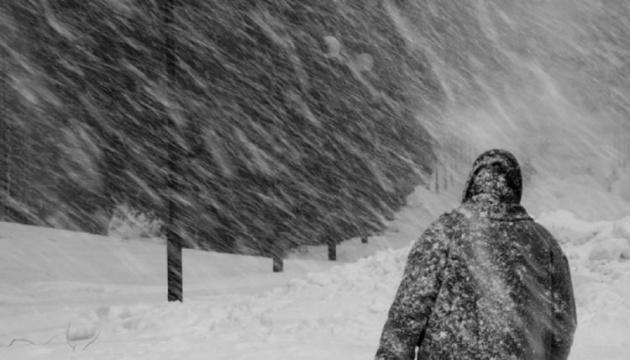 Столицю Казахстану замітає снігом - через завірюху затримали всі авіарейси