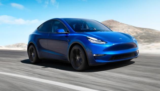Tesla може розпочати поставки нового електрокара вже у лютому - ЗМІ