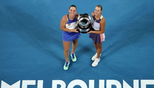 Венгерка Бабош и француженка Младенович выиграли Australian Open в парном разряде