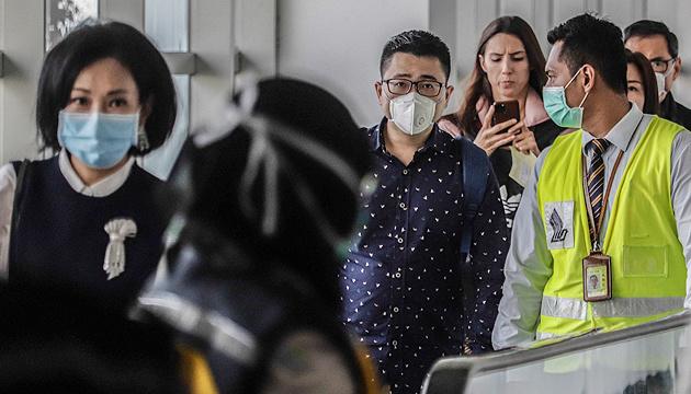 Канада евакуювала з Китаю ще понад 180 своїх громадян