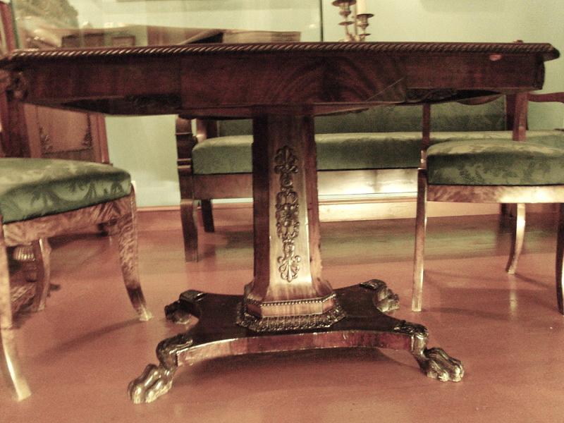рабочий стол, Музей Н.В.Гоголя на Никитском бульваре, 7А