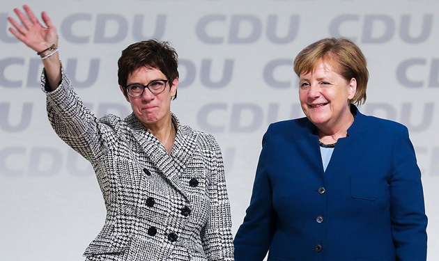 Аннегрет Крамп-Карренбауер, Меркель / Фото: