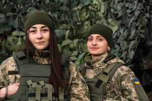 """""""Відьмочки"""" і їхнє """"Малятко"""": перший в Україні дівочий екіпаж"""