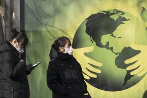 Коронавірус у Китаї забрав уже понад 1700 життів