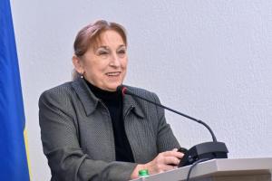 イリーナ・ベケシキナ社会学者(民主イニシアティブ基金総裁)