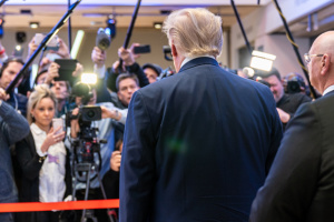 Трамп про коронавірус: Наступний тиждень для США буде найскладнішим