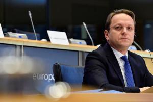 Україна, як і Західні Балкани, потребує вирівнювання в економічному розвитку - єврокомісар