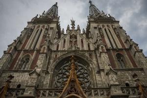 У костелі Святого Миколая працюють експерти - перевіряють вплив пожежі на конструкції