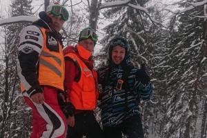 Рятувальники знайшли чотирьох туристів, які заблукали у Карпатах