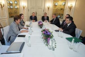 Zelensky trata con la directora del FMI la reforma judicial y la ley bancaria