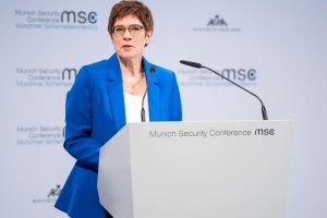 German defense minister: Russia doing everything possible to provoke NATO
