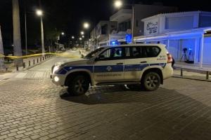 На Кіпрі невідомий розстріляв кафе з автомата Калашникова