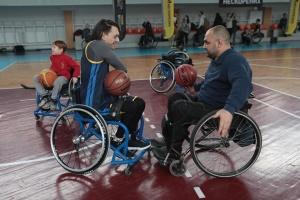 """Українська збірна """"Нескорених"""" ознайомилася з новими видами спортивних змагань"""