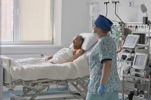 В Александровской больнице впервые имплантировали механическое сердце