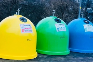 В столице установили еще 55 контейнеров для раздельного сбора мусора